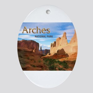 Arches Smaller Ornament (Oval)