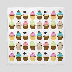 Cute Cupcakes Pattern Queen Duvet