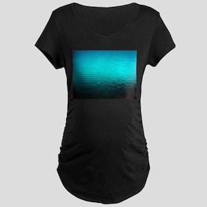 aqua blue water ombre black Maternity T-Shirt