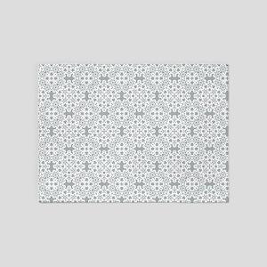 Paloma & White Lace 2 5'x7'Area Rug