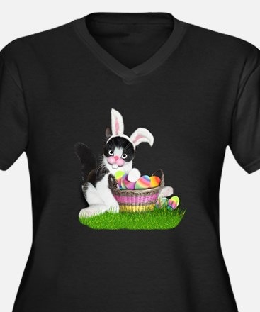 Easter Kitten with Basket of Col Plus Size T-Shirt