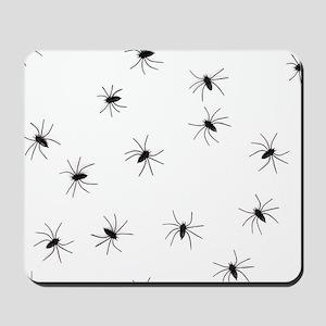 creepy spiders black white Mousepad