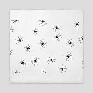 creepy spiders black white Queen Duvet