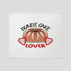 BUNDT CAKE LOVER Throw Blanket