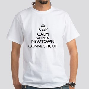 Keep calm we live in Newtown Connecticut T-Shirt