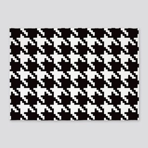 Classic Houndstooth 5'x7'Area Rug