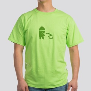 Android pissing on Apple. T-Shirt