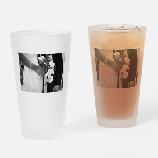 Bride and groom holding black and w Drinking Glass
