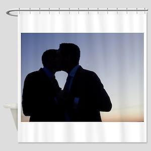 LGBT gay wedding marriage grooms ki Shower Curtain