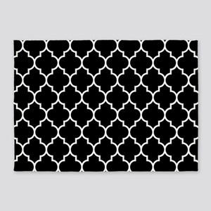 BLACK AND WHITE Moroccan Quatrefoil 5'x7'Area Rug