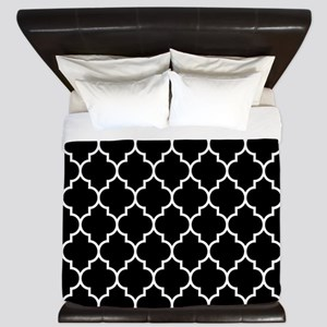BLACK AND WHITE Moroccan Quatrefoil King Duvet
