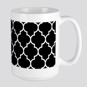 BLACK AND WHITE Moroccan Quatrefoil Mugs