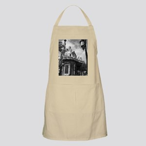 Guell Apron