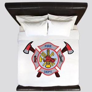 MALTESE CROSS APPLIQUE King Duvet