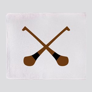 CROSSED HURLING BATS Throw Blanket