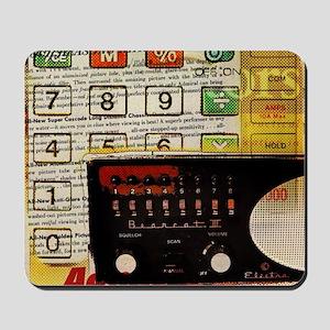 retro geeky electronics Mousepad