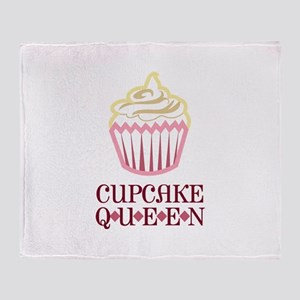 CUPCAKE QUEEN APPLIQUE Throw Blanket