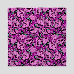 Close Roses Queen Duvet
