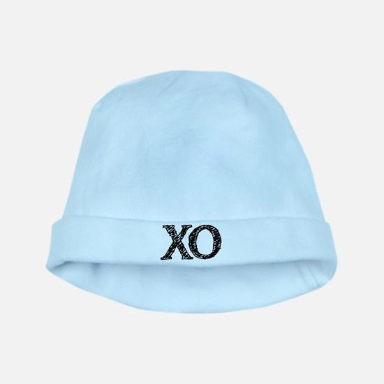 XO - black and white baby hat