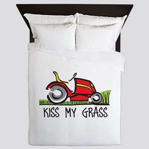 KISS MY GRASS Queen Duvet