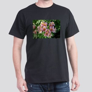Peruvian lily flowers in bloom T-Shirt