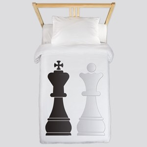 Black king white queen chess pieces Twin Duvet