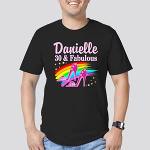 30 AND FABULOUS Men's Fitted T-Shirt (dark)