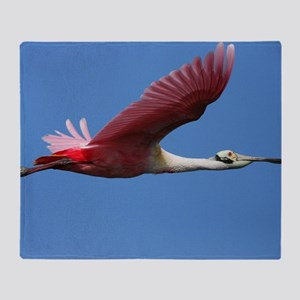 Spoonbill in Flight Throw Blanket