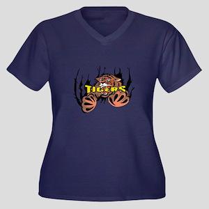 TIGER TEARING THROUGH Plus Size T-Shirt