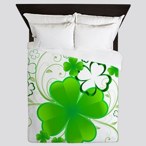 Clovers and Swirls Queen Duvet