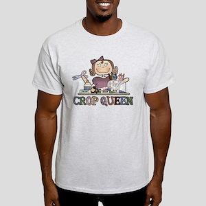 Crop Queen Light T-Shirt