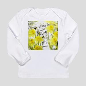 Vintage daffodils Long Sleeve T-Shirt