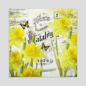 Vintage daffodils Queen Duvet