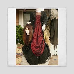 Halloween headless Victorian costume m Queen Duvet