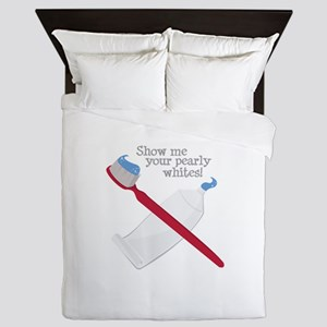 Pearly Whites Queen Duvet