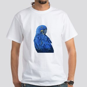 Hyacinth Macaw portrait T-Shirt