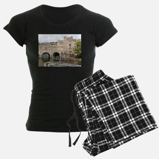 Pulteney Bridge, Avon River, Pajamas