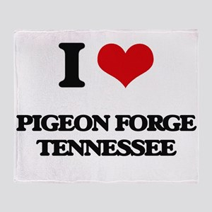 I love Pigeon Forge Tennessee Throw Blanket