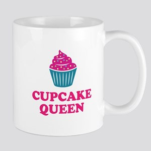 Cupcake baking queen Mugs