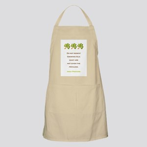 IRISH PROVERB Apron