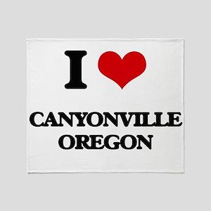 I love Canyonville Oregon Throw Blanket