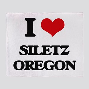 I love Siletz Oregon Throw Blanket