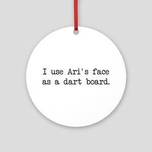 Ari's Face (blk) - Entourage Ornament (Round)