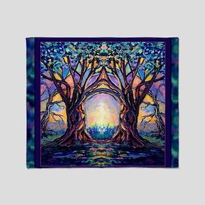 TREE SPIRIT Throw Blanket