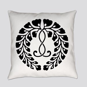 kujo wisteria Everyday Pillow