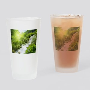 Beautiful Green Nature And Waterfall Drinking Glas