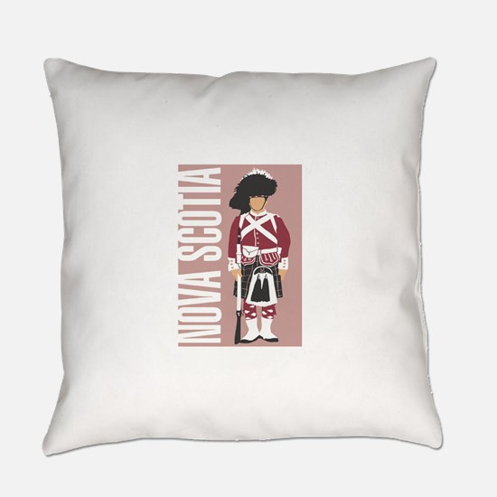 canada.png Everyday Pillow