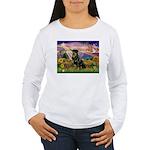 Autumn Angel & Rottie Women's Long Sleeve T-Shirt