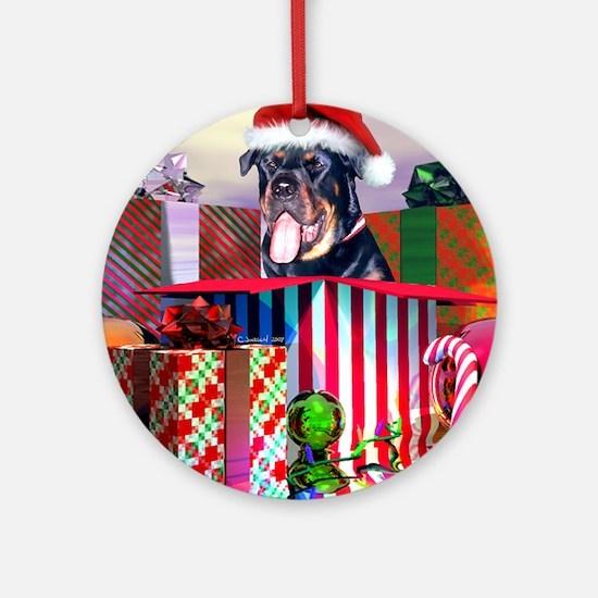 Rottweiler Christmas Santa Claus Ornament (Round)
