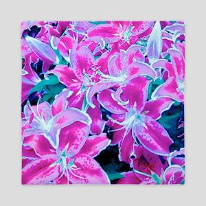 Glorious Lilies Queen Duvet